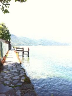 """Passeggiata """"a picco sul lago"""""""