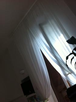 Tenda di lino bianco