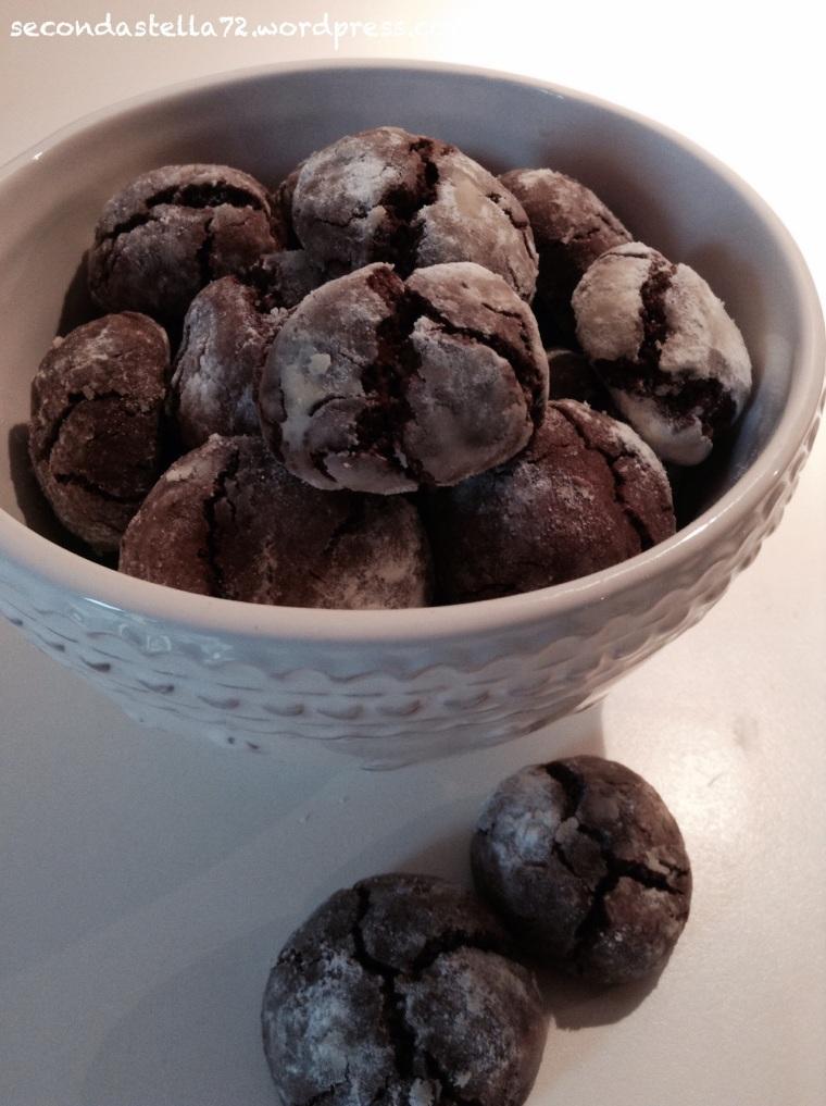 Biscotti alle Nocciole e Cioccolato Fondente