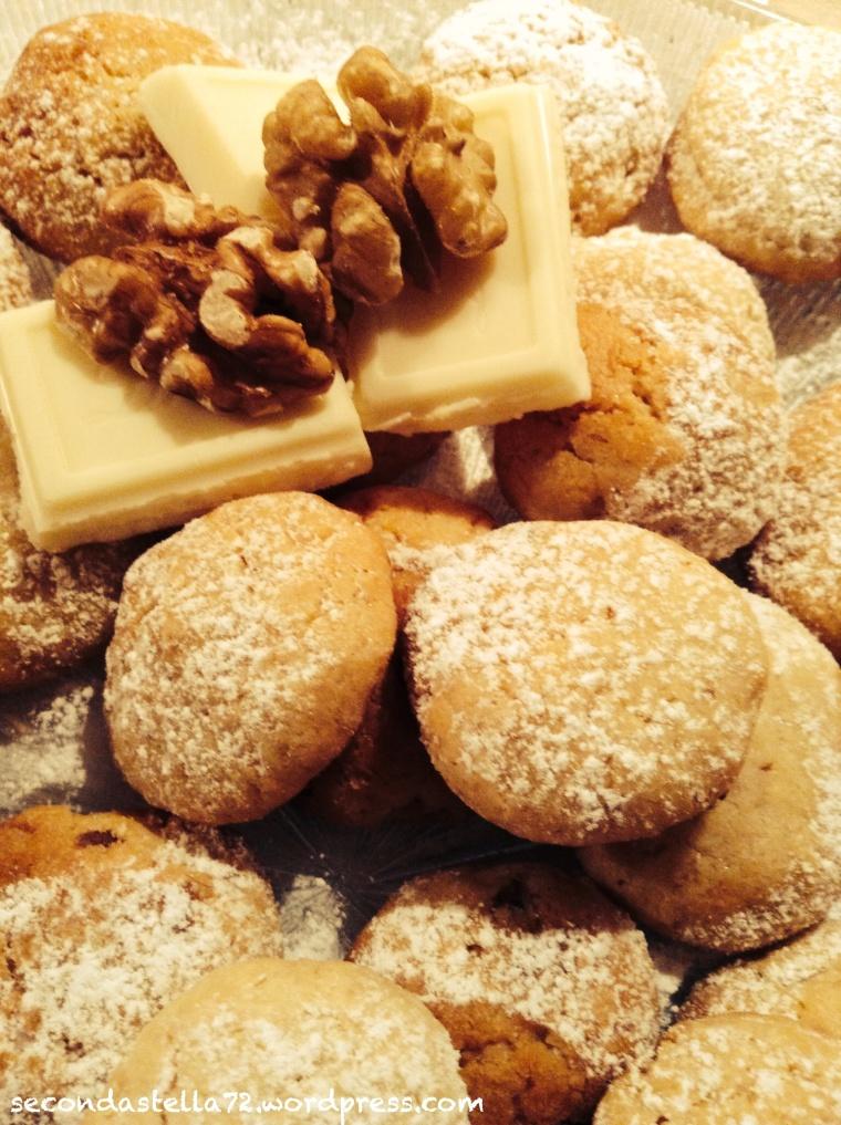 Biscottini cioccolato bianco e noci