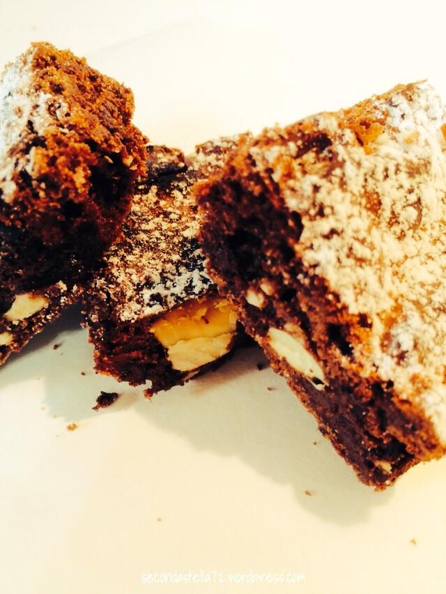Brownies al triplo cioccolato