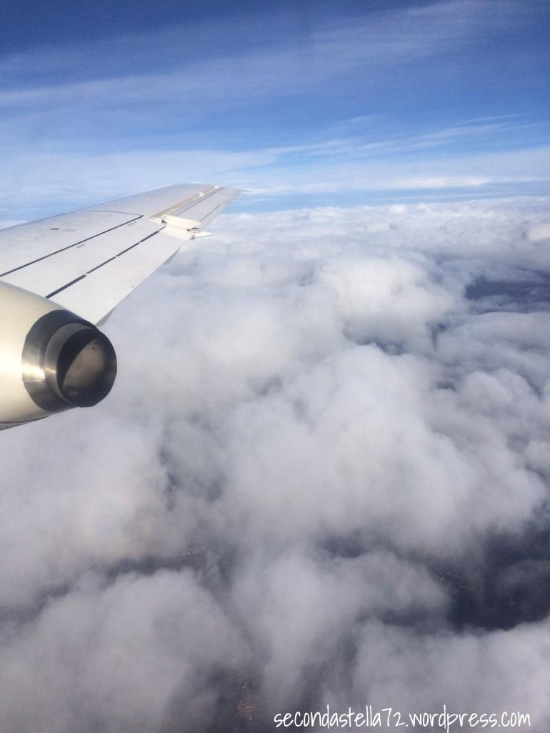In volo, tra le nuvole